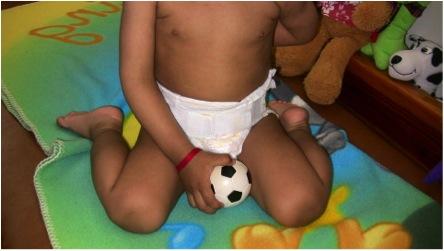 """ERROR: Esta posición """"enchueca"""" las piernas. No debe permitirse"""